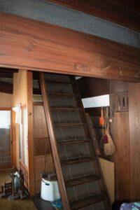 階段の架け替え
